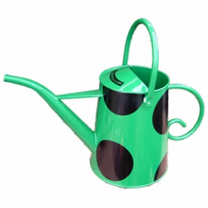 Green straight-spout watering can by Rolypig