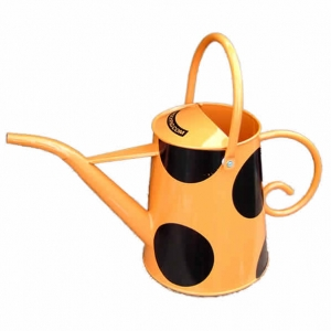 Orange straight-spout watering can by Rolypig